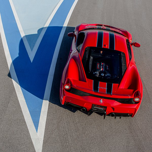 Concours-Club-Red-Ferrari-Tight-Turn_FB_Post.jpg
